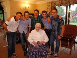 The main feature of the day was the celebration of the 102nd birthday of Alice.